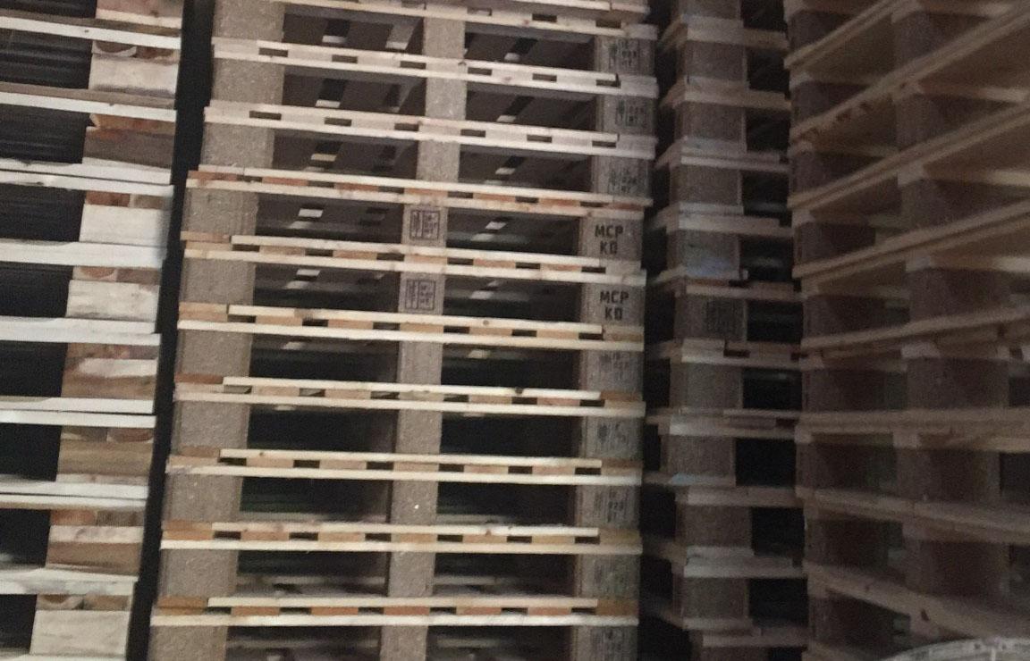 Pallet gỗ xuất khẩu thanh lý giá rẻ